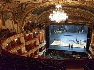 Oper-Graz-Dicube
